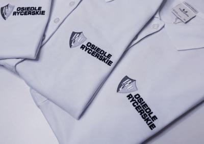 Koszulki polo z haftem logo